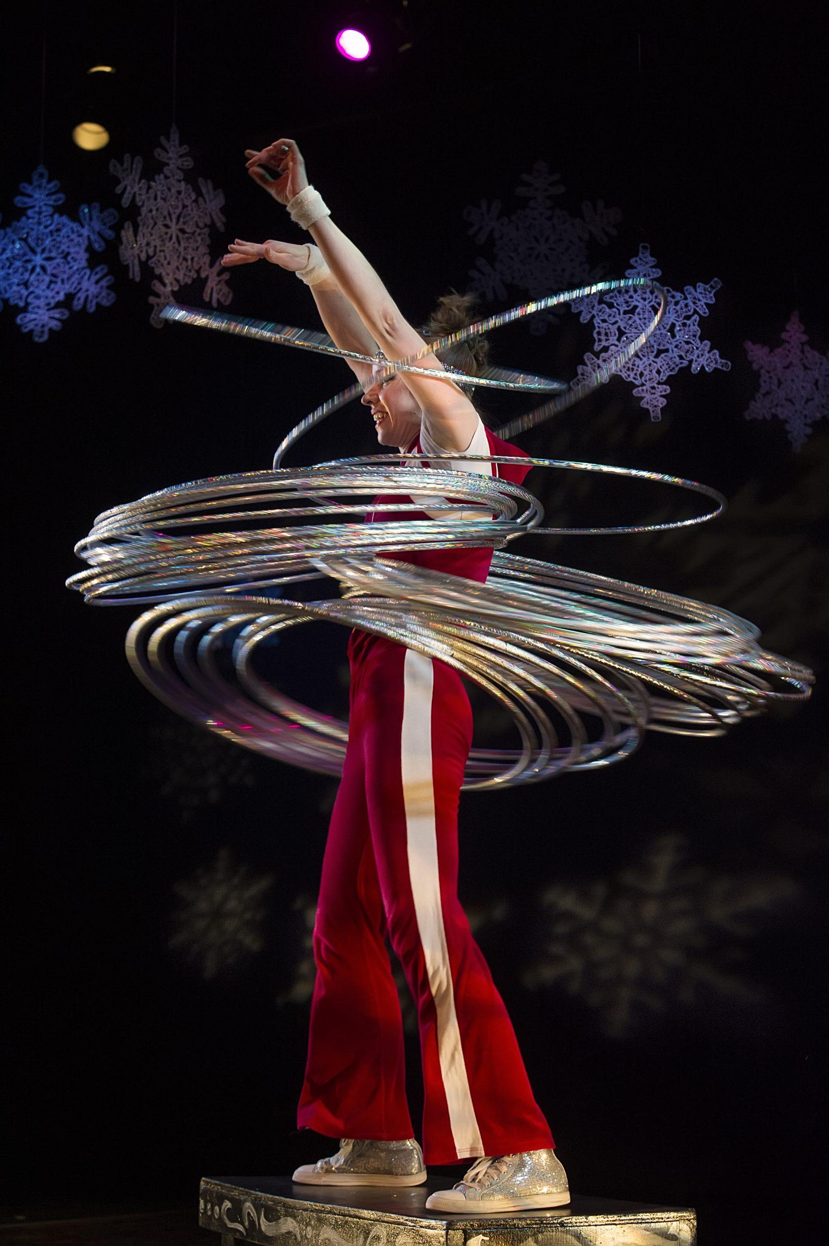 Dec 26-29: Mittens and Mistletoe